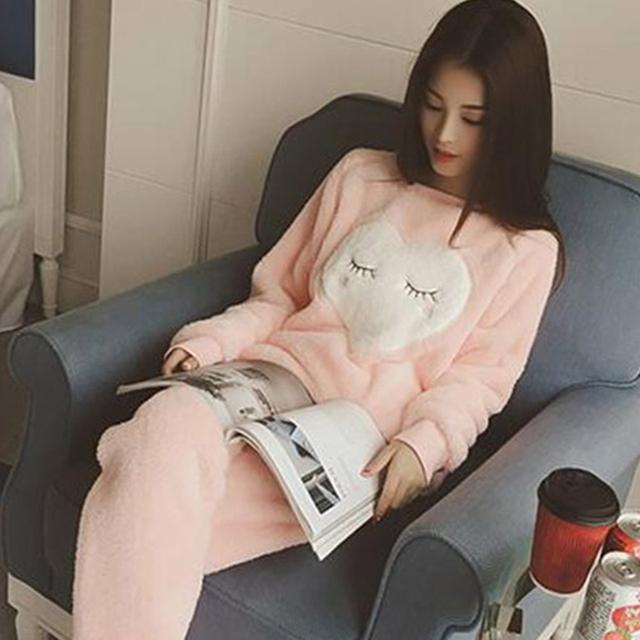 Women's Warm Cute Heart Patterned Pajamas