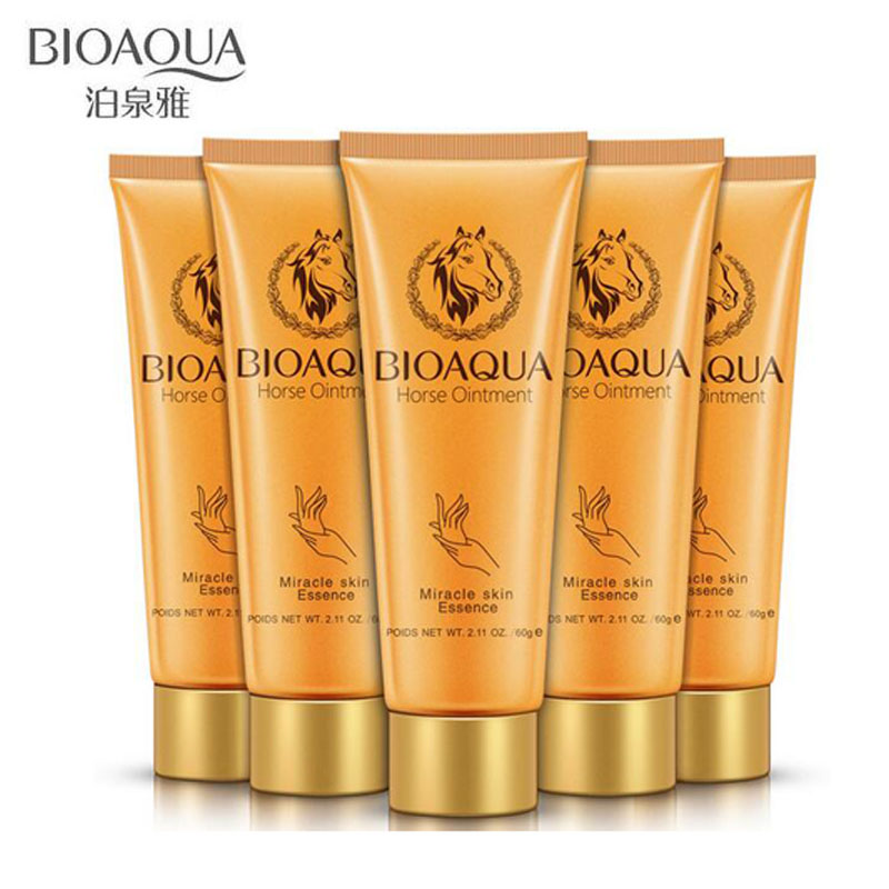 BIOAQUA Horse Oil Moisturizing Hand Cream Hydrating Exfoliate Essence For Winter Hand Care Nourishing Anti Aging Skin Care 60g