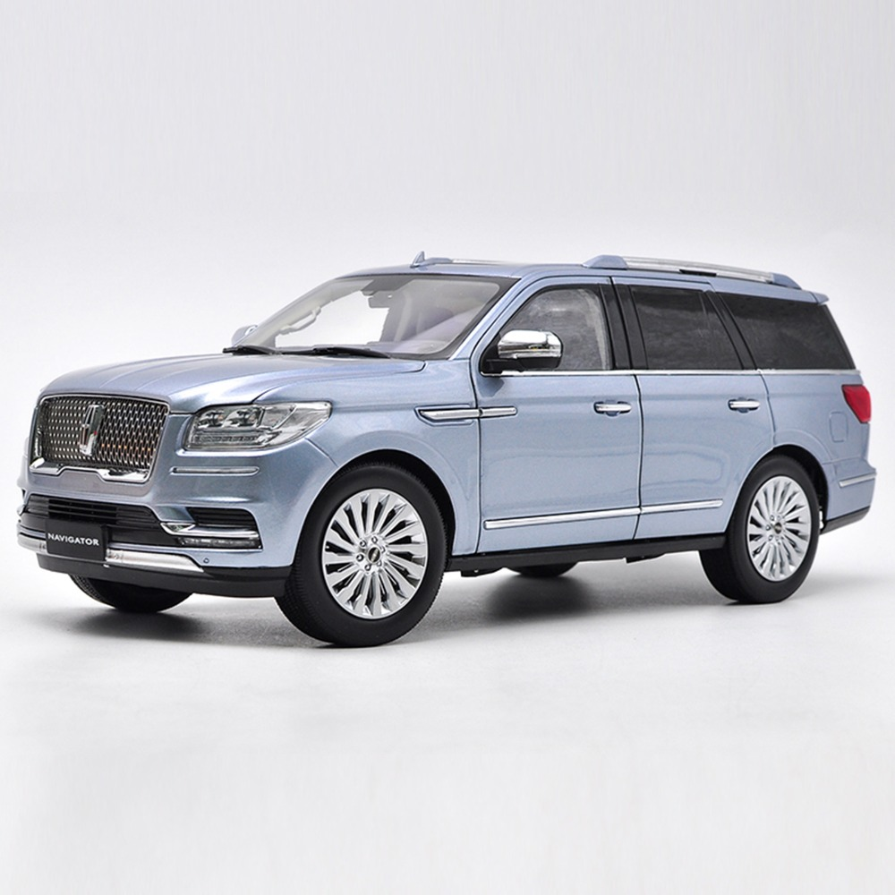 Lincoln Suv 2018 >> Us 229 8 1 18 Diecast Model For Lincoln Navigator 2018 Light Blue Luxuy Suv Original Factory Alloy Toy Car Miniature Collection In Diecasts Toy