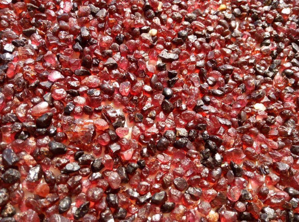 Крошечные натурального грубая + красный пироп гранат кристалл минералы Новый Мексика-2.2lb