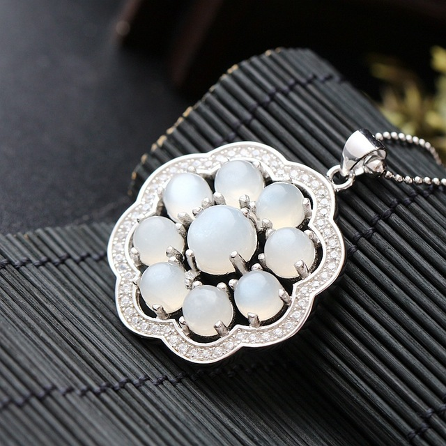 Silver Handmade Jewelry Natural Moonstone Silver Pendant Genuine Retro S925 Sterling Silver Flower Pendant Fashion Women
