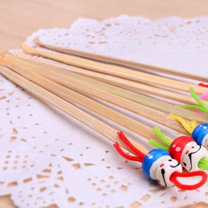 5Pcs/lot Cute Mini Doll Earpicks Wood Bamboo Ear Picks Wax Remover Cleaner Ear Care Tool Random Color Hot Selling