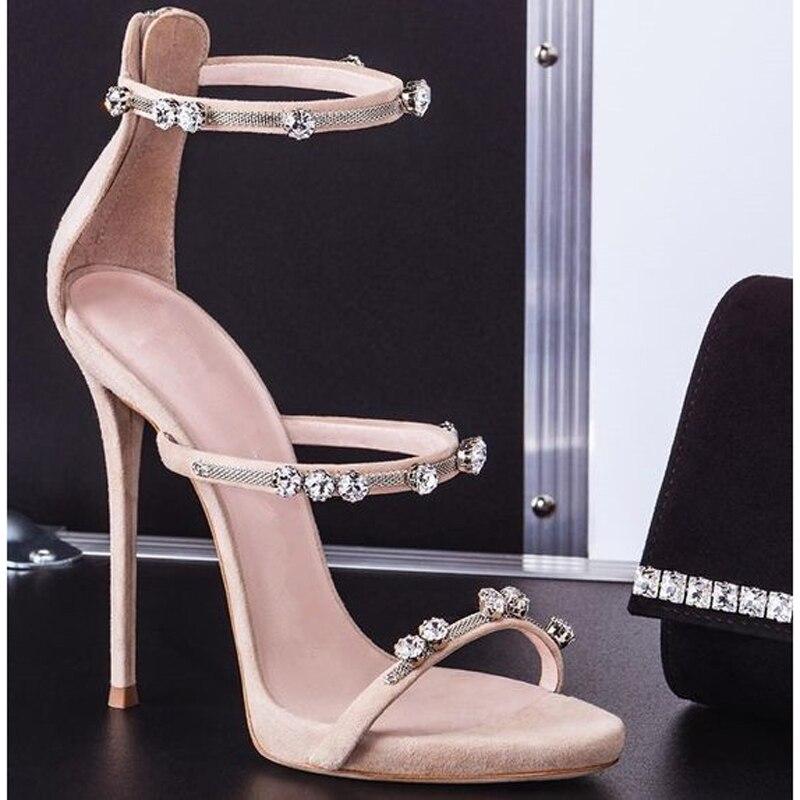 High Heels tragen ohne Schmerzen | Stiletto heels, Giuseppe