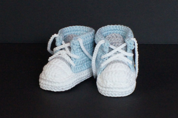 Knitting Pattern For Baby Tennis Shoes : Aliexpress.com : Buy Baby Boys First Walkers Handmade Crochet Sports Tennis s...
