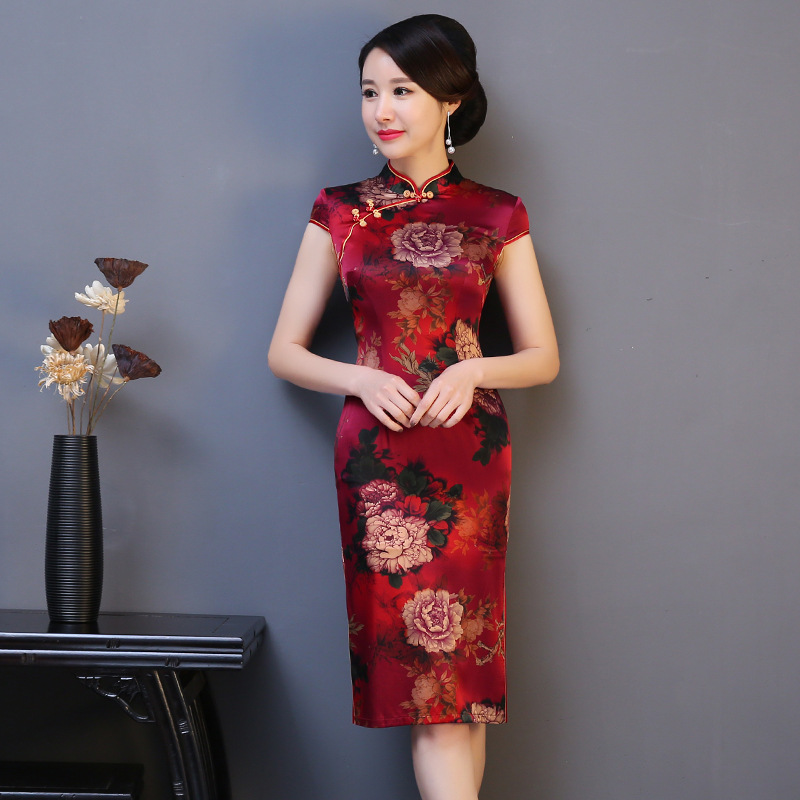 2019 New Silm Cheongsam Female Flower Mandarin Collar Qipao Silk Red Sexy Chinese Classic Print Dresses