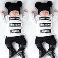 2017 baby girl boy ropa de manga Larga camiseta patrón de la letra pantalones 2 unids traje ropa de recién nacido s de la ropa del bebé para primavera