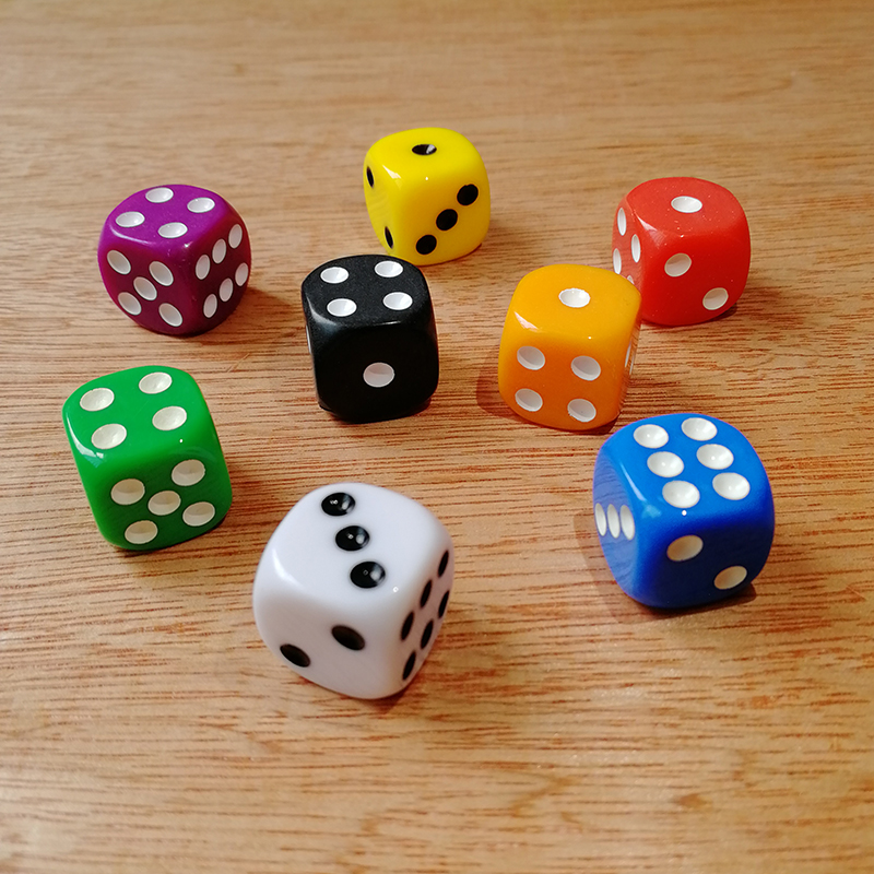 New 10Pcs Portable Dice Set 16mm Solid ColorRound Corner Dice 6 Sided Dices Playing Table Games Party Family Funny Drinking Dice