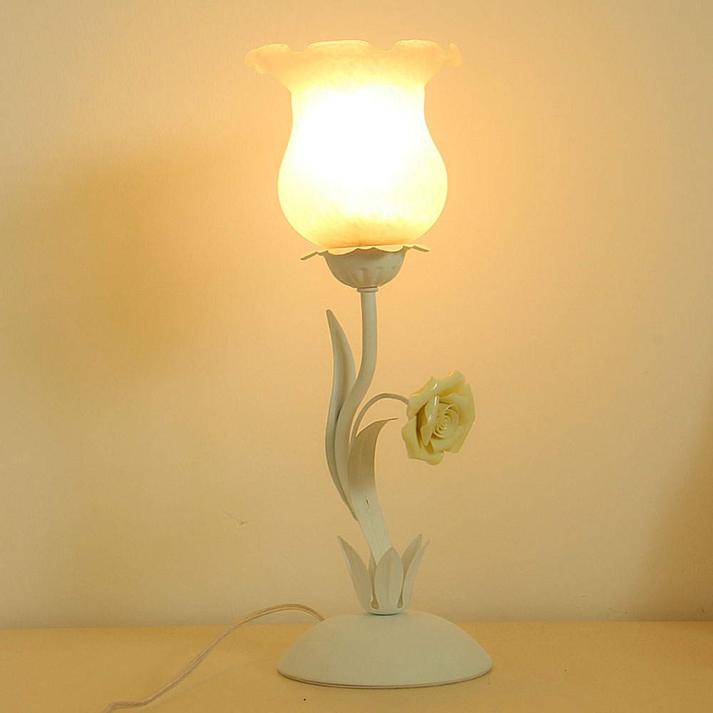 Flower Table Lamp E27 Pink Touch Desk Light Study 110-220v Touch Switch Button Modern Simple Table Lamps Luminaria read room led lamp e27 table lamps study mini touch switch 110 220v contemporary green cloth desk lights luminaria