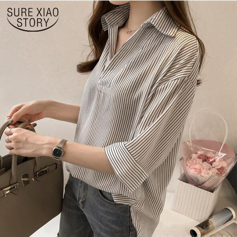 New 2019 Spring Summer Casual Striped Women Blouses Shirts Sexy Fashion Loose V-Neck Shirt Female Tops Clothing Blusas 0643 40