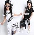Verano Niños de Hip Hop Estilo de Sistemas de la Ropa Niños Niñas Moda Casual 2 unids Trajes de la Camiseta + Harem Pantalones Capris Ropa de niños Twinset