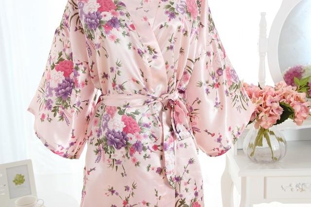 Silk Pink Bridesmaid Bride Robe Sexy Women Short Satin Wedding Kimono Robes Sleepwear Nightgown Dress Woman Bathrobe Pajamas