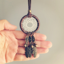 Creative 2016 Hot Sales Maxi Necklace Feather Pendant Trendy Fine Jewelry Dream Catcher Pendant Chain Statement Necklace