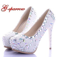 2018 White Pearl High Heel Shoes Crystal Platform Bridal Wedding Shoes  Diamond Rhinestone Women Shoes Formal Gown Prom Shoes c99a58d0b295