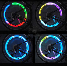 Car mounted seven wheel hub vibration induction tire lamp vehicle heat valve mouth flash automobile accessories