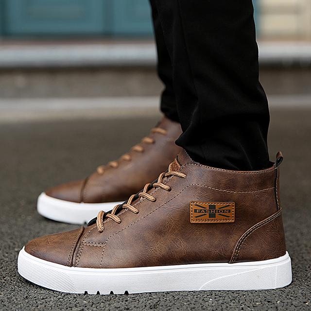 2016 Outono e Inverno de Alta-Top Calçados Casuais dos homens de Moda Clássico Homens De Couro Pu Sapatos Baixos Lace-acima Sapatas Dos Homens