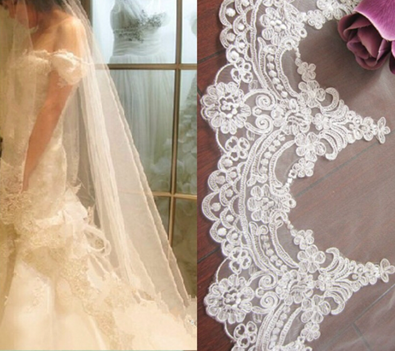 Real Photos 2018 4M White/Ivory Beautiful Cathedral Length Lace Edge Wedding Bridal Veil With Comb Wedding Accessories DZ3654