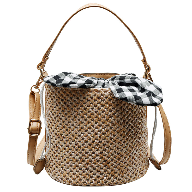 2019 new fashion woven bucket bag beach vacation portable messenger bag lady Barrel shaped Shoulder Bags