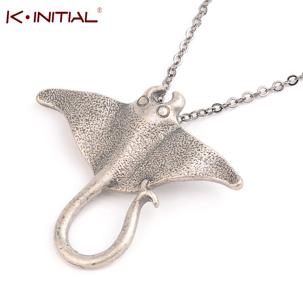 Kinitial 1pcs Sting Ray Sea Creature Animal Necklace Unique Ocean Stingray Manta Ray Sea Creature Pendant Charm Necklace Bijoux