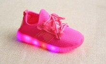 2017 mode LED lumineux enfants causales chaussures lumière respirant enfants sneakers Bonbons couleurs enfants filles garçons chaussures