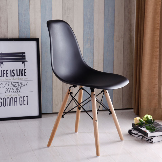 Modern Design Plastic And Wood Leg Dining Side Chair Popular Design