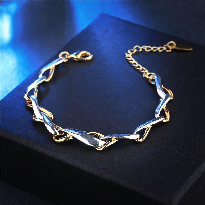 2018 la nueva moda de las pulseras de las mujeres de moda europeas y americanas, acero de titanio, personalizado exagerado y elegante