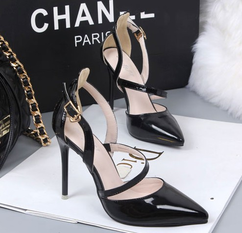 ФОТО Free shipping new word buckle fine with hollow silver mirror patent leather shoes singles pointed high-heeled shoes
