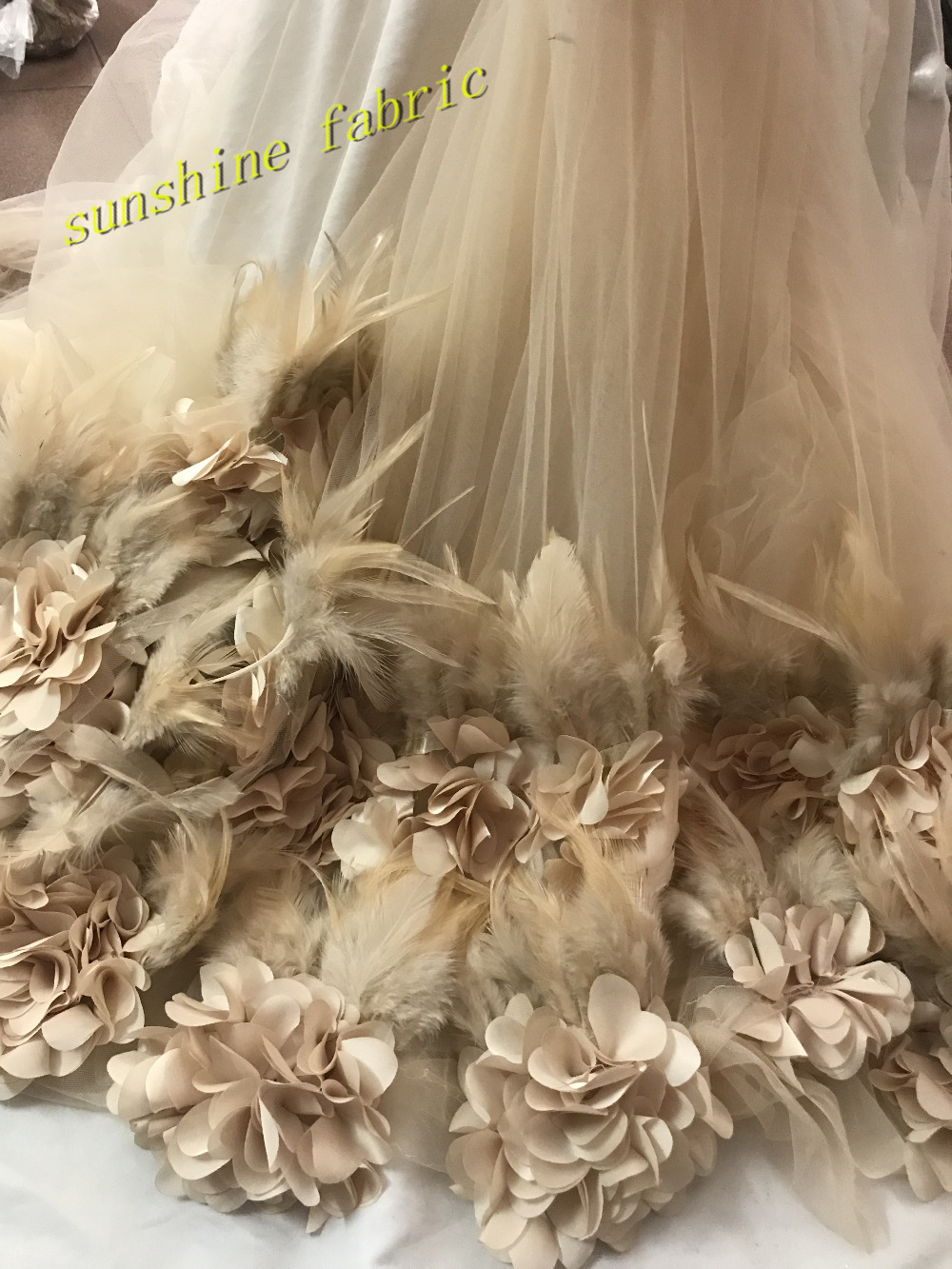 3d applique flower bridal french lace fabric   nice African lace fabric  with feather for women 0798dca2ec8f