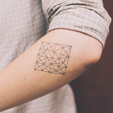 Hot Geometric Flash Tattoo Temporary Tattoo Sticker Waterproof Body Art 10.5x6cm