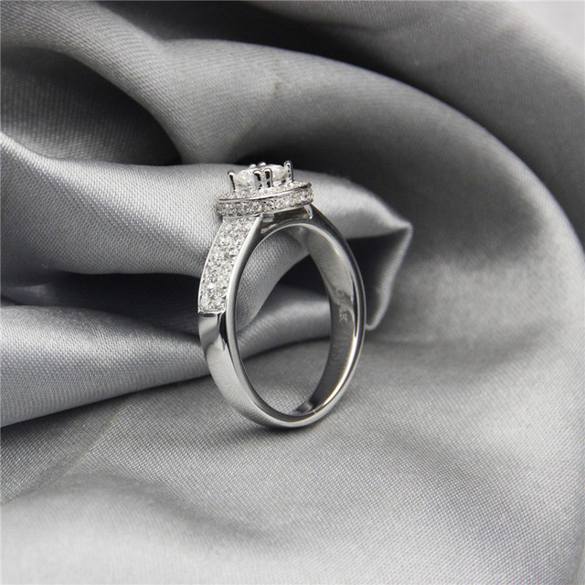 9K White Gold 0.5CT Lab Grown Diamond Wedding Engagement Ring