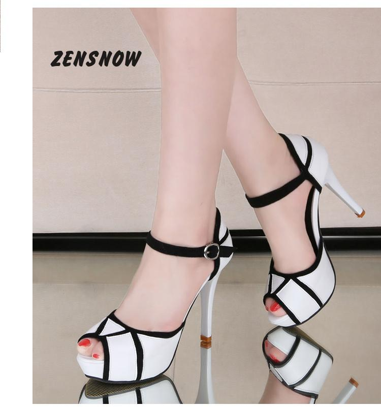 2017 New High-heeled Waterproof Desk Sandals, Female Word Buckle, With Fish Mouth Shoes, Fashion Women Shoes 2015 heavy bottomed women s high heeled wedge sandals new muffin matt waterproof fish head sandals fashion shoes women w865