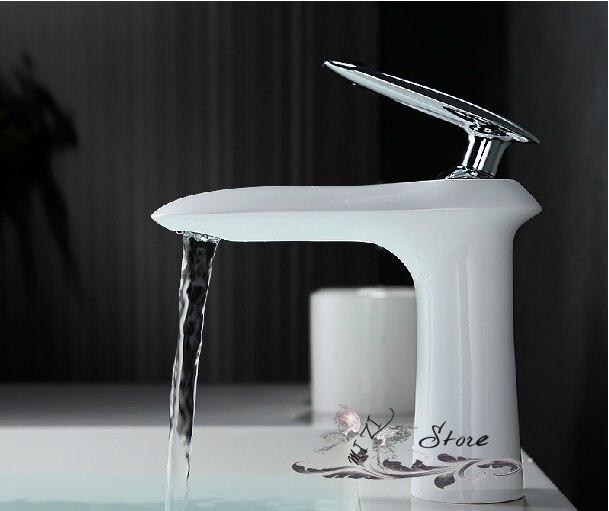 Achetez en gros designer lavabos en ligne des grossistes for Robinetterie salle de bain design