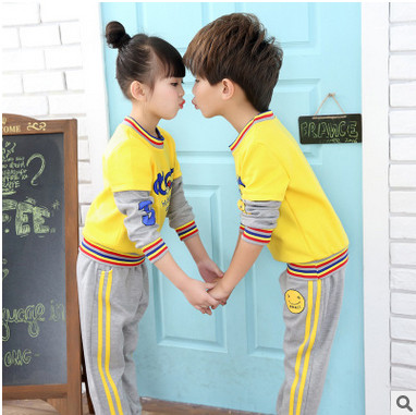 Retail children's sports suit boys and girls 3-15 years old children big virgin suit uniforms Spring clothes Jacket + Trousers 3