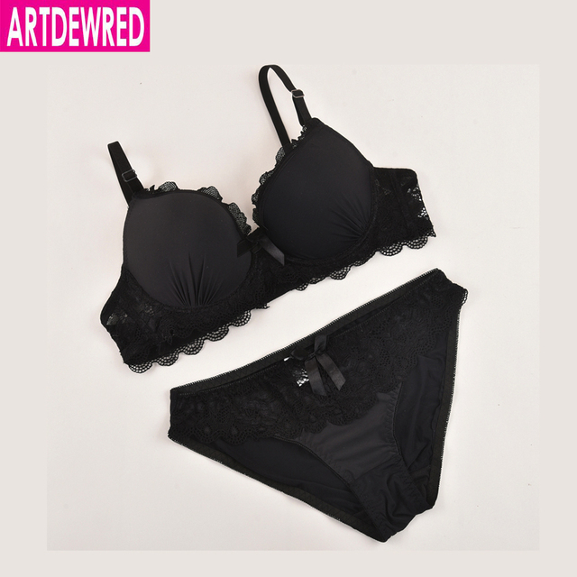 ARTDEWRED Brand Luxurious Solid Lace Bra Brief Sets Back Closure Unlined Underwear Women's Black Red Plus Size Bra And Panty