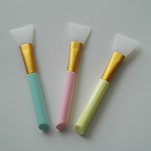 1pcs Facial Mask Brush Silicone Mud DIY Skin Care Essential Makeup Beauty Tools 3 Colors Available