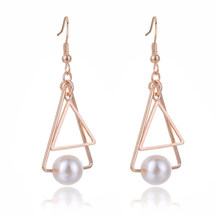 SUKI Aretes De Mujer Modernos 2018 Double Triangle Drop Earring Simulated-pearl Pendant for Women Hook Charm Dangle Earrings(China)