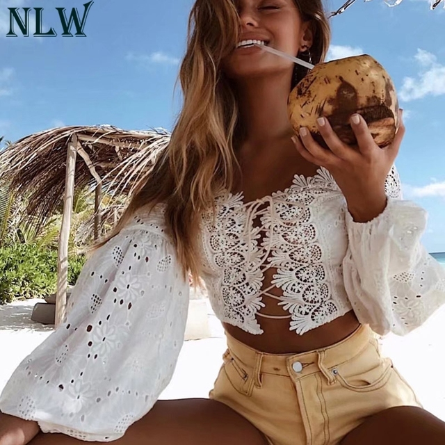 NLW White Lace Women Blouse Shirt Lace Up Lantern Sleeve Crop Top Blouse 2018 Girl Sexy Summer Beach Holiday Blouse Femme Outfit