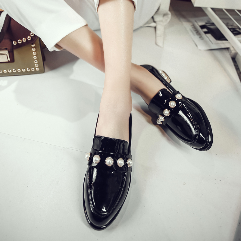 ФОТО British Retro Pearl Genuine Leather Oxford Shoes For Women Loafers Four Seasons Hot Brand Design Ladies Flats Low Heels Shoes