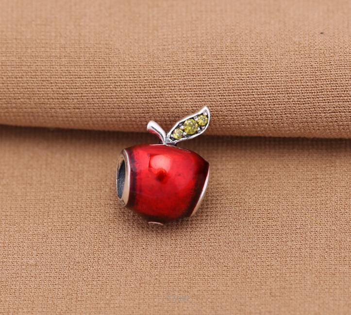 pandora charm mela