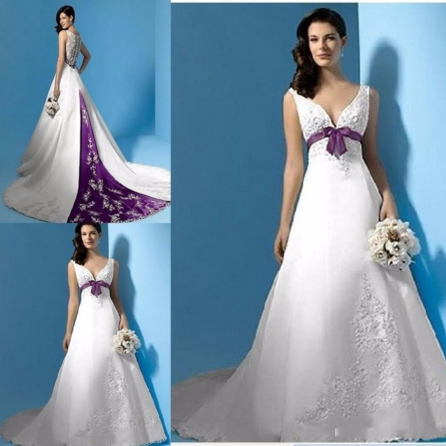 2017 Modest White And Purple Wedding Dresses Pao Embroidery Vestido De Noiva V Neck Sweep Train
