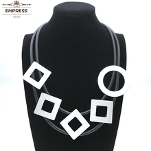 EMPRESS  Jewelry Women Claim To Be Lucky in Their Accessories With Square Round, Double-Layered Vintage Aluminum Foam Necklaces