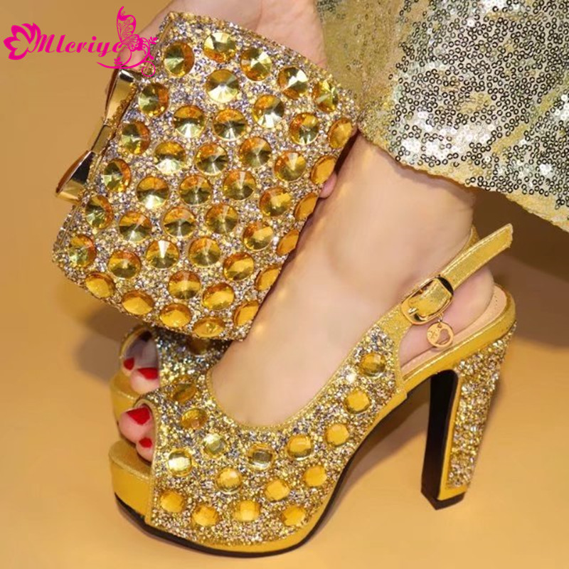 Gold Color Novel Design Shoes and Bag Set African Set Italian Shoes with Matching Bag Women Shoes and Bag African Party Shoes leisure women s crossbody bag with splicing and color block design