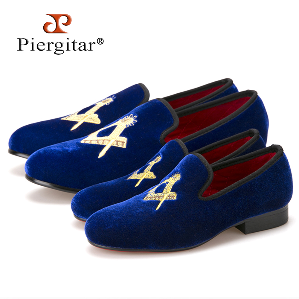 цены Piergitar New Parental Shoes same design Children Velvet Shoes Red cotton comfortably insole Party and Wedding Children Loafers