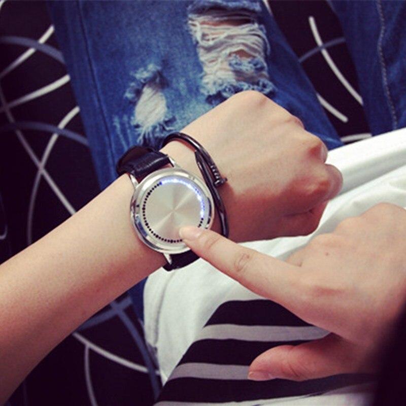 2019 New Casual Fashion Elegant Lady Quartz Bracelet Women Wristwatch LED Jewel Lucky Clover Stainless Steel