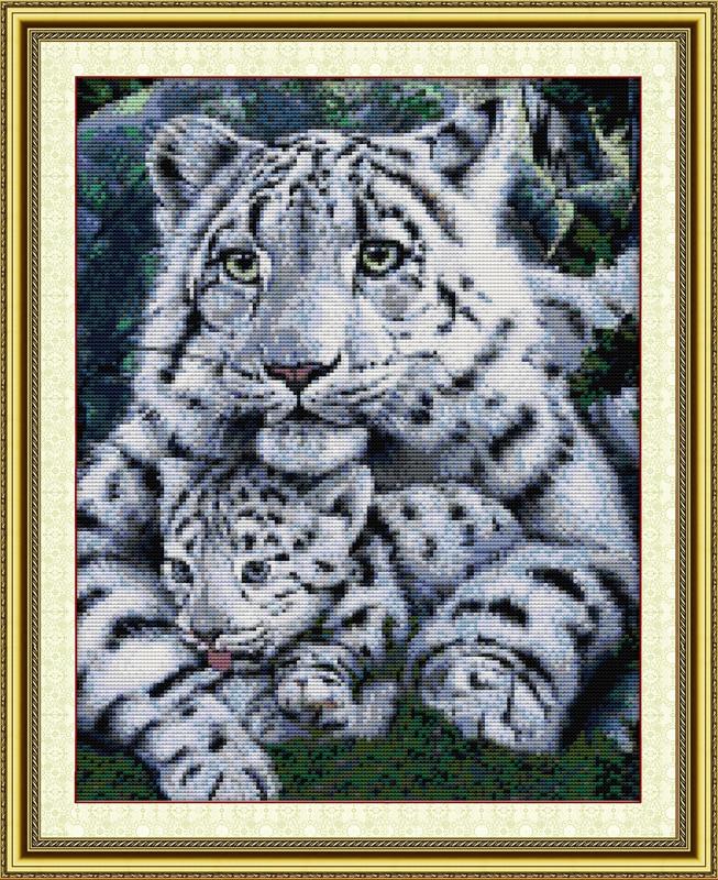 Kit Leopard Shadow Hunter Cross Stitch Chart