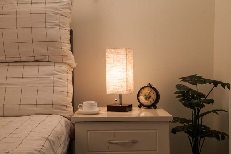 Eetkamer Lamp Design : Wooden table lamp with fabric lampshade wood bedside desk lights