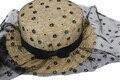 2016 Nueva Moda Mujeres Negro Floral Del Acoplamiento Del Cordón Sombrero de Paja Navegante Sombreros Para El Verano