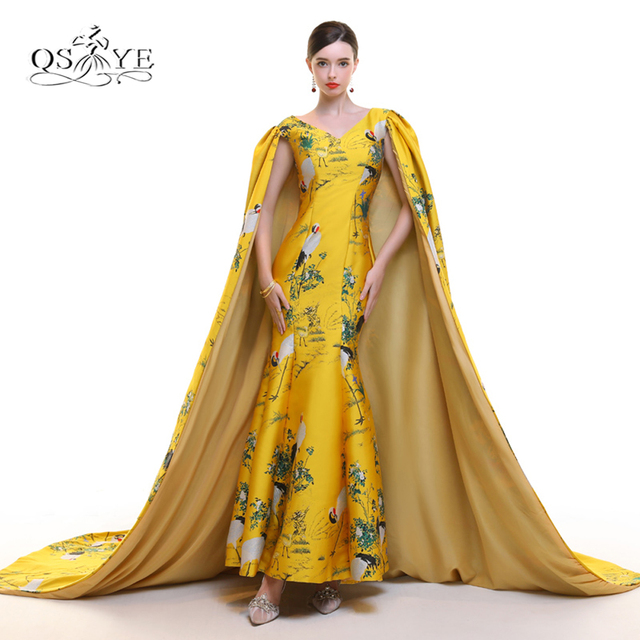 2018 New Arrival Vintage Saudi Arabia Evening Dresses With Cape V Neck Print Embroidery Satin