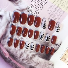 2019 Hot sale 24pcs Ladies DIY Fake Nail Heart Pattern Red White Striped Manicure False Nails Decals