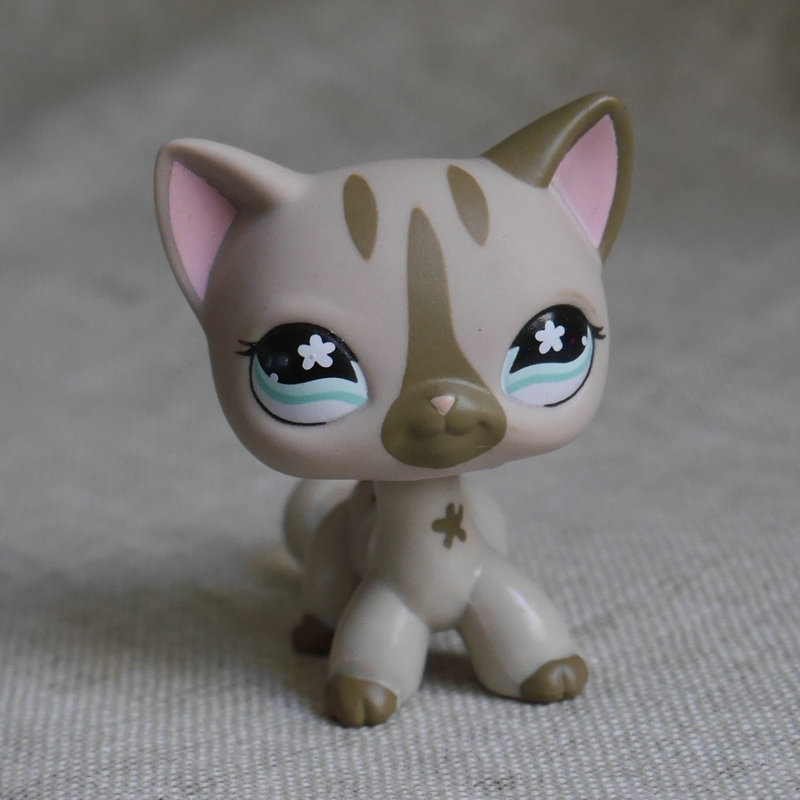 IN HAND  ACTION FIGURE PRESCHOOL TOY CHILDREN PLAY CATS DOGS Pale Grey Short Hair Cat kitty pubby  toy