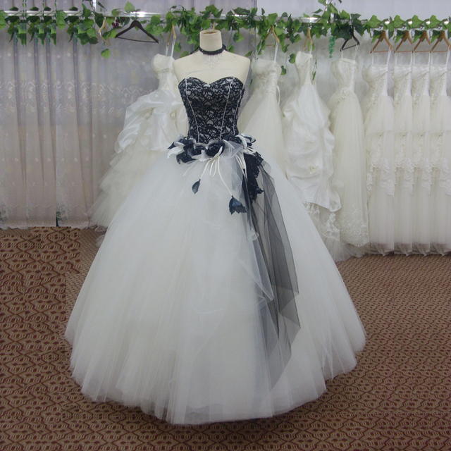 Black and White Gothic Wedding Dress Ball Gowns Appliqued Lace ...